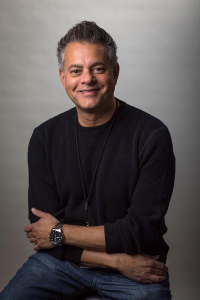 Mark DeVitre – Entertainment Studios/Allen Media Group Vanguard Law Magazine