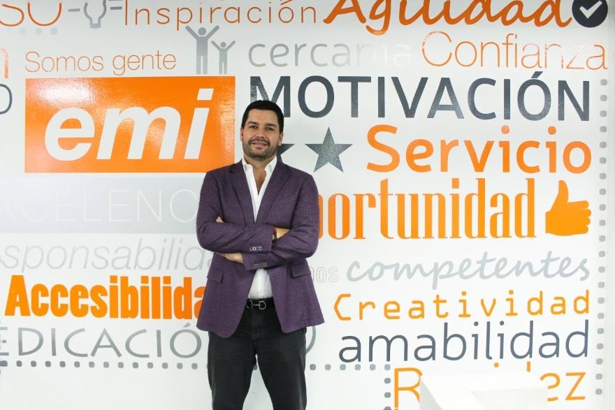 Nicolás Ruiz-- Falck/Grupo Emi Vanguard Law Magazine