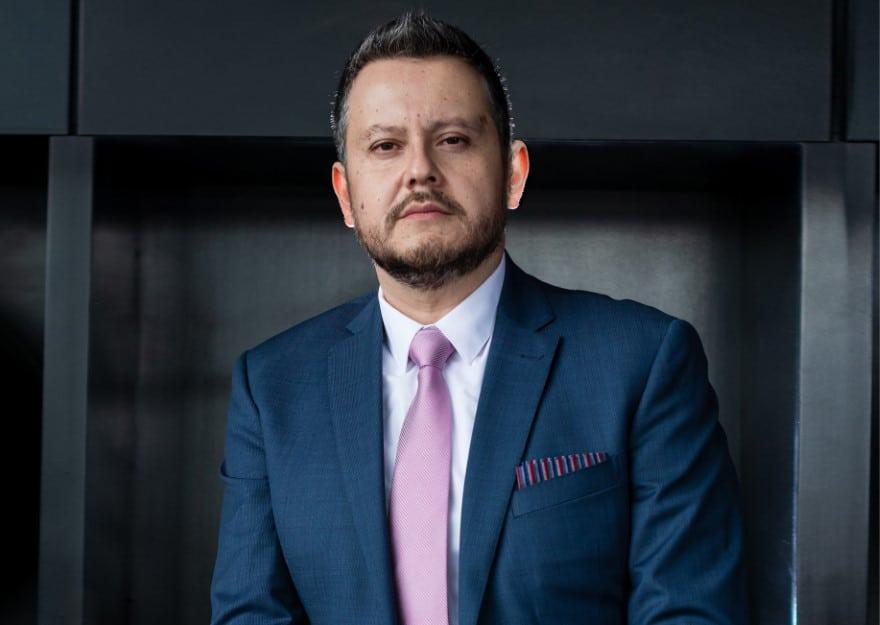 Victor Manuel Manzano Macías – Pirelli Mexico