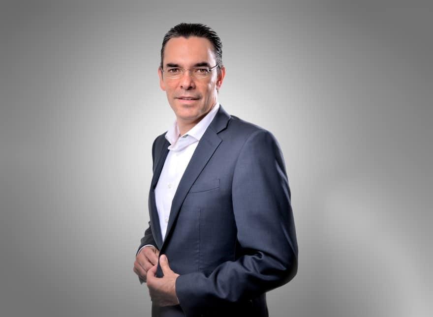 Rafael Solares – VMware